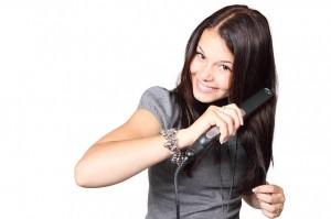 Babské rady: jak pomoci suchým vlasům
