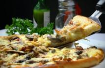 pizza v restauraci